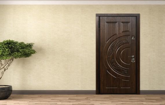 прочная входная дверь